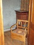 chaise percée...de luxe