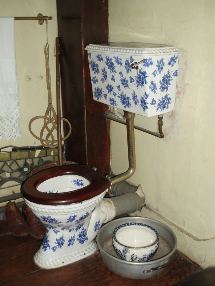 toilettes chez Sherlock Holmes